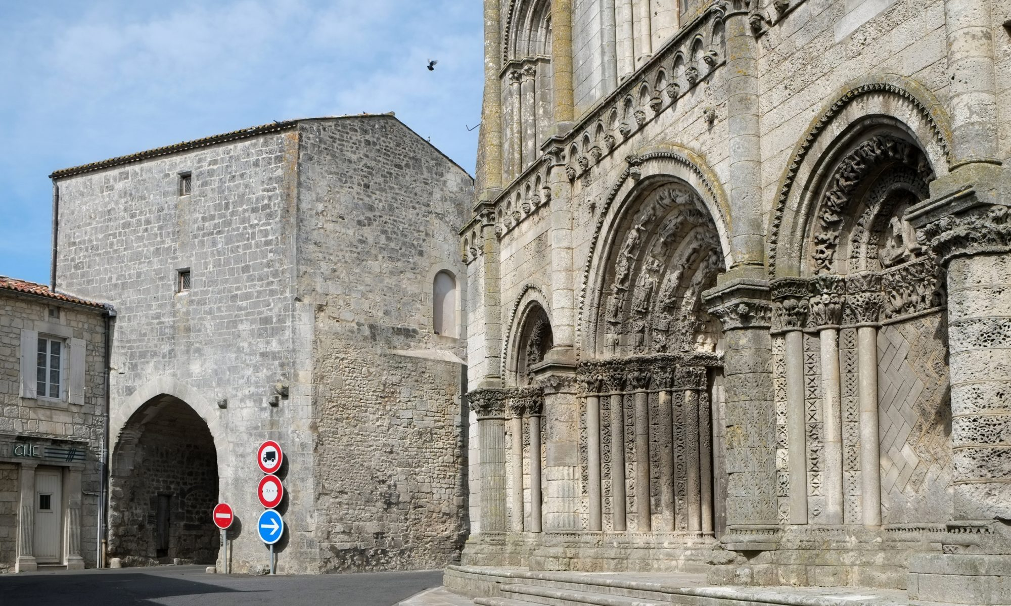 Syndicat d'initiative de Pont l'Abbé d'Arnoult.