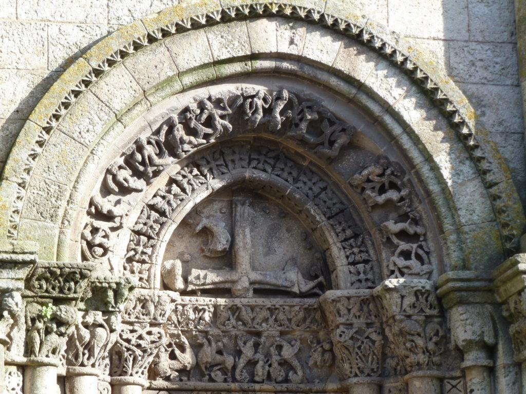 Portail de l'Eglise St Pierre